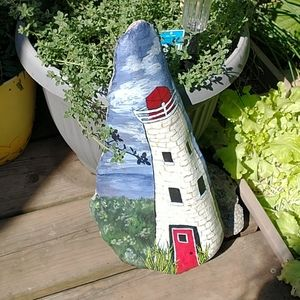 🇨🇦 Hand Painted Lighthouse Rock